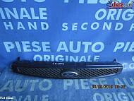 Grila radiator Ford Fiesta 2004 Piese auto în Urziceni, Ialomita Dezmembrari