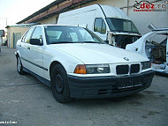 Dezmembrez Bmw 318 Benzina 1993 Elemente Caroserie Suspensii în Resita, Caras-Severin Dezmembrari