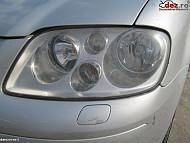 Far Volkswagen Touran 2006  în Ploiesti, Prahova Dezmembrari