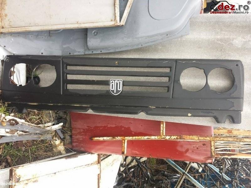 Grila radiator ARO 10 1990 Piese auto în Suceava, Suceava Dezmembrari