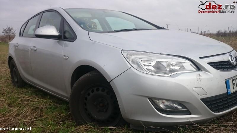 Dezmembre Opel Astra J 2011 Dezmembrări auto în Craiova, Dolj Dezmembrari