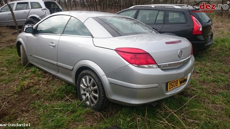Dezmembrez Opel Astra H Twintop 2009  Dezmembrări auto în Craiova, Dolj Dezmembrari