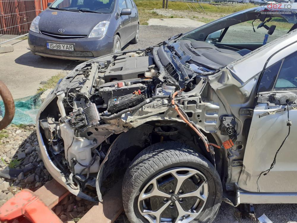 Vand Opel Ampera din 2013, avariat in fata