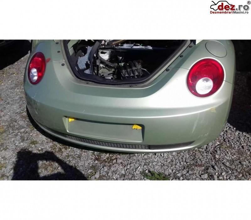 Bara spate Volkswagen Beetle 2009