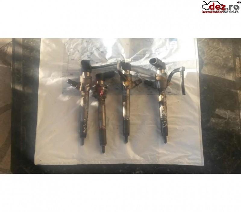 Injector Renault Scenic 2005 cod 8200380253