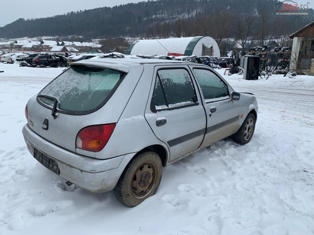 Dezmembram Ford Fiesta 4 1999 1 25 I Benzina Dezmembrări auto în Cluj-Napoca, Cluj Dezmembrari