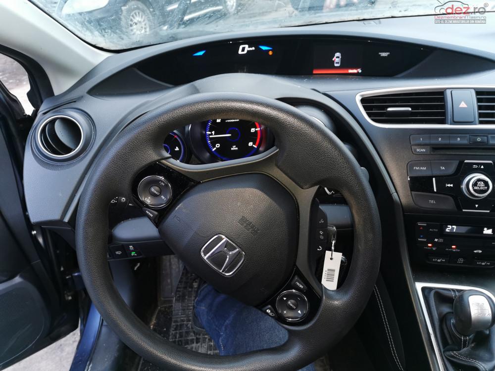 Dezmembrez Honda Civic Kombi 1 6 Tdi 120 Cai Cutie Manuala 6 Trepte Dezmembrări auto în Radauti, Suceava Dezmembrari