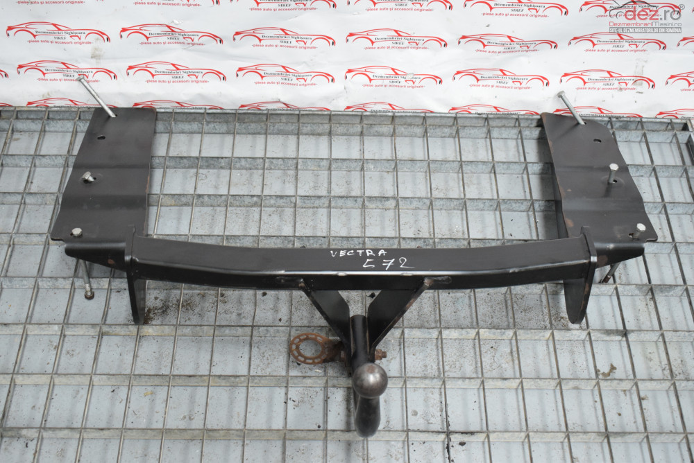 Carlig Remorcare Opel Vectra C 2005 Combi 572  Piese auto în Sighisoara, Mures Dezmembrari