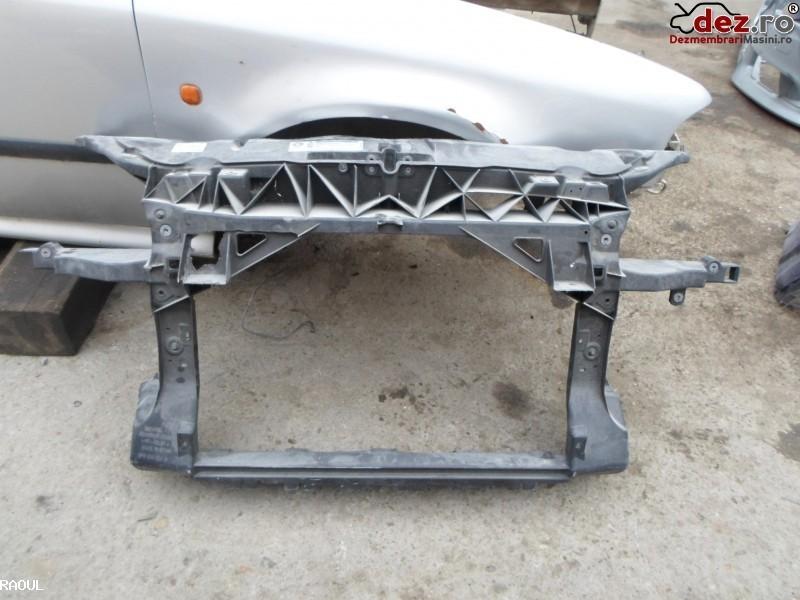 Panou frontal trager Seat Altea 2005 Piese auto în Arad, Arad Dezmembrari