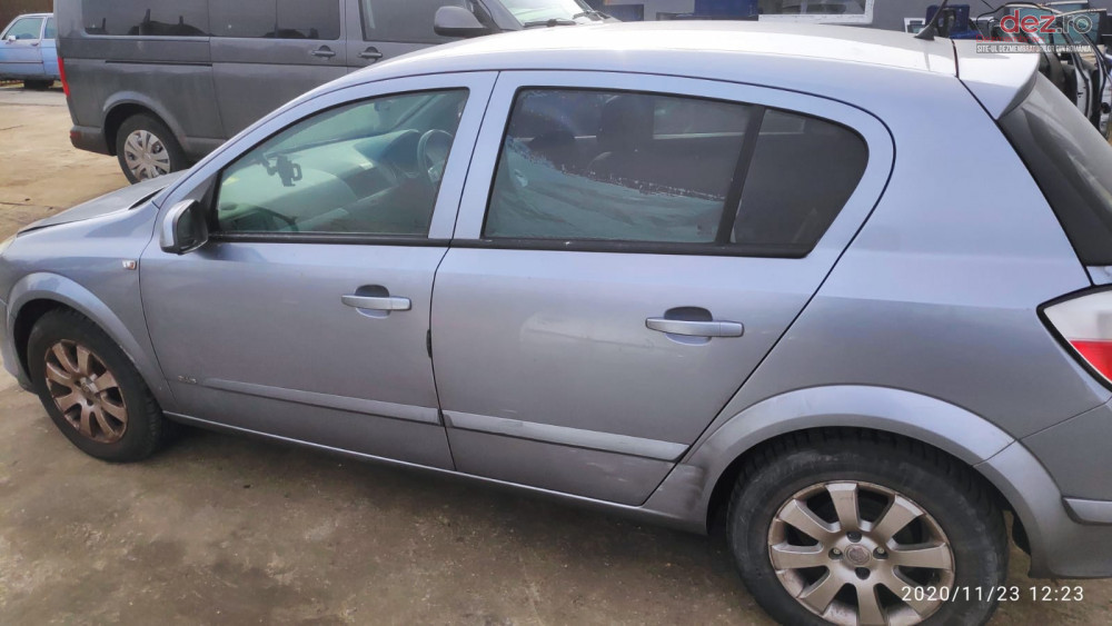 Usa Stanga Dreapta Fata Spate Opel Astra H Piese auto în Arad, Arad Dezmembrari