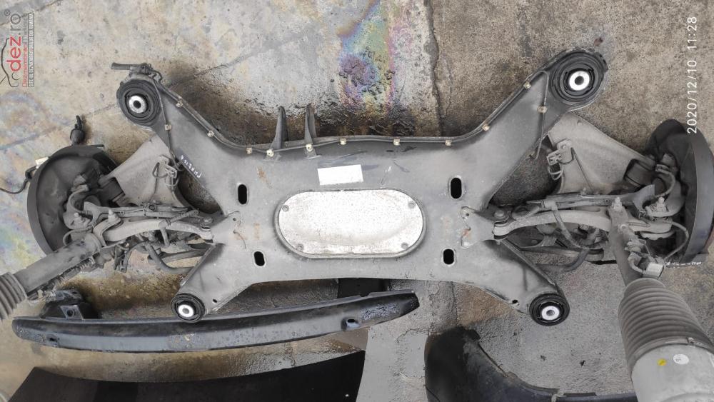 Punte Spate Volkswagen Phaeton Piese auto în Arad, Arad Dezmembrari