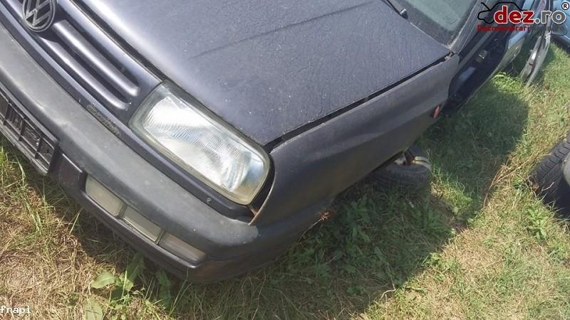Aripa fata Volkswagen Vento 1995 Piese auto în Mihailesti, Giurgiu Dezmembrari