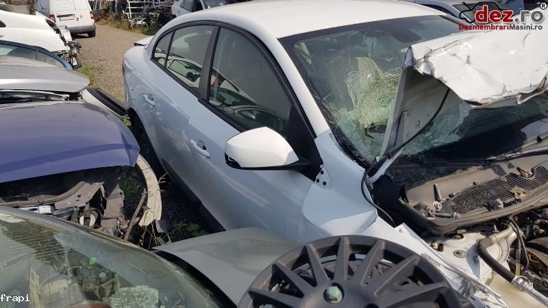 Usa Renault Fluence 2012 Piese auto în Mihailesti, Giurgiu Dezmembrari