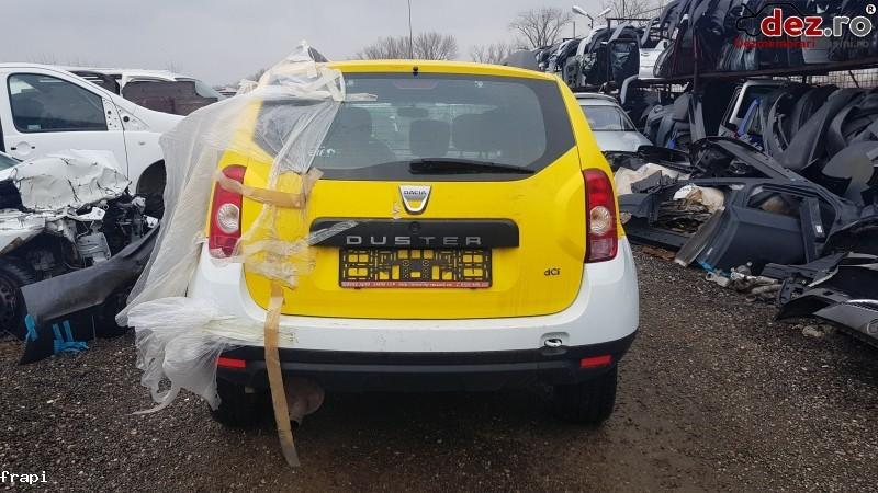 Bara spate Dacia Duster 2011