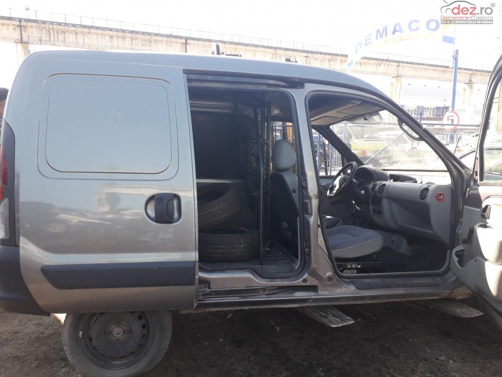 Dezmembrez Renault Kangoo 1 5 D An 2002