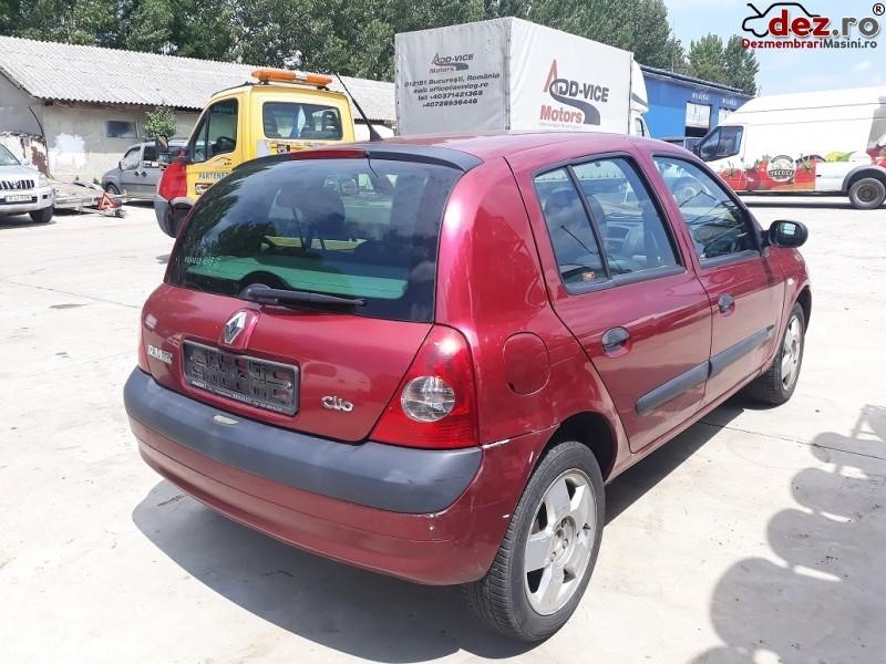 Dezmembrez Renault Clio Ii Din 2003