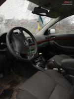Dezmembrez Toyota Avensis Din 2005 Cu Motor De 2000 Si 2 2 Diesel Dezmembrări auto în Curtea de Arges, Arges Dezmembrari