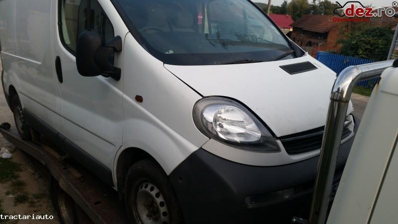 Dezmembrez Opel Vivaro 1 9 2 5 Dci 6 Trepte Dezmembrări auto în Curtea de Arges, Arges Dezmembrari