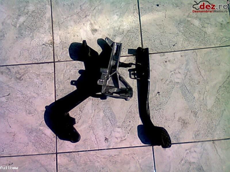 Vand pedale bmw 330xd e46 – 2003' – 50 lei/buc Dezmembrări auto în Urziceni, Ialomita Dezmembrari