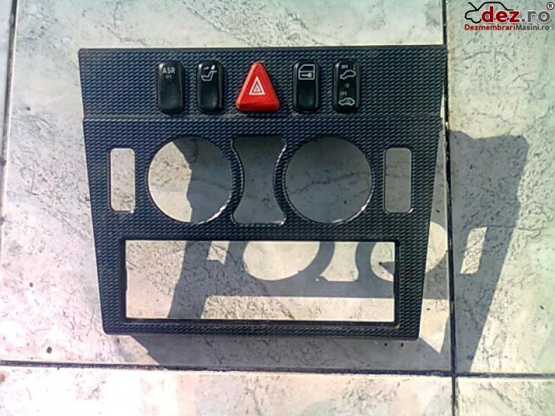 Vand buton avarii mercedes c240 w202 98` Dezmembrări auto în Urziceni, Ialomita Dezmembrari