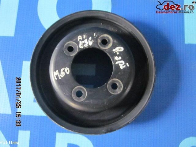 Fulie curea pompa apa BMW Seria 3 1992 Piese auto în Urziceni, Ialomita Dezmembrari
