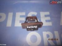 Bloc sigurante / relee Chrysler Grand Voyager 2000 Piese auto în Urziceni, Ialomita Dezmembrari