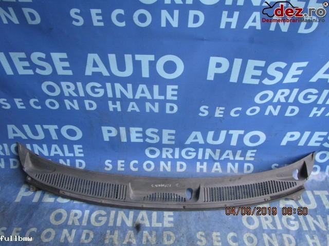 Vand Grila Parbriz Suzuki Wagon R+ 2000  Cod  7233183 E0  Dezmembrări auto în Urziceni, Ialomita Dezmembrari