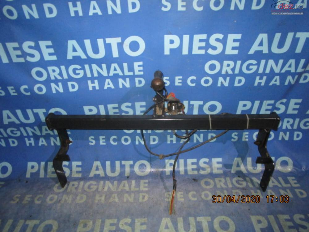 Carlig Remorcare Peugeot 207 2008  Piese auto în Urziceni, Ialomita Dezmembrari