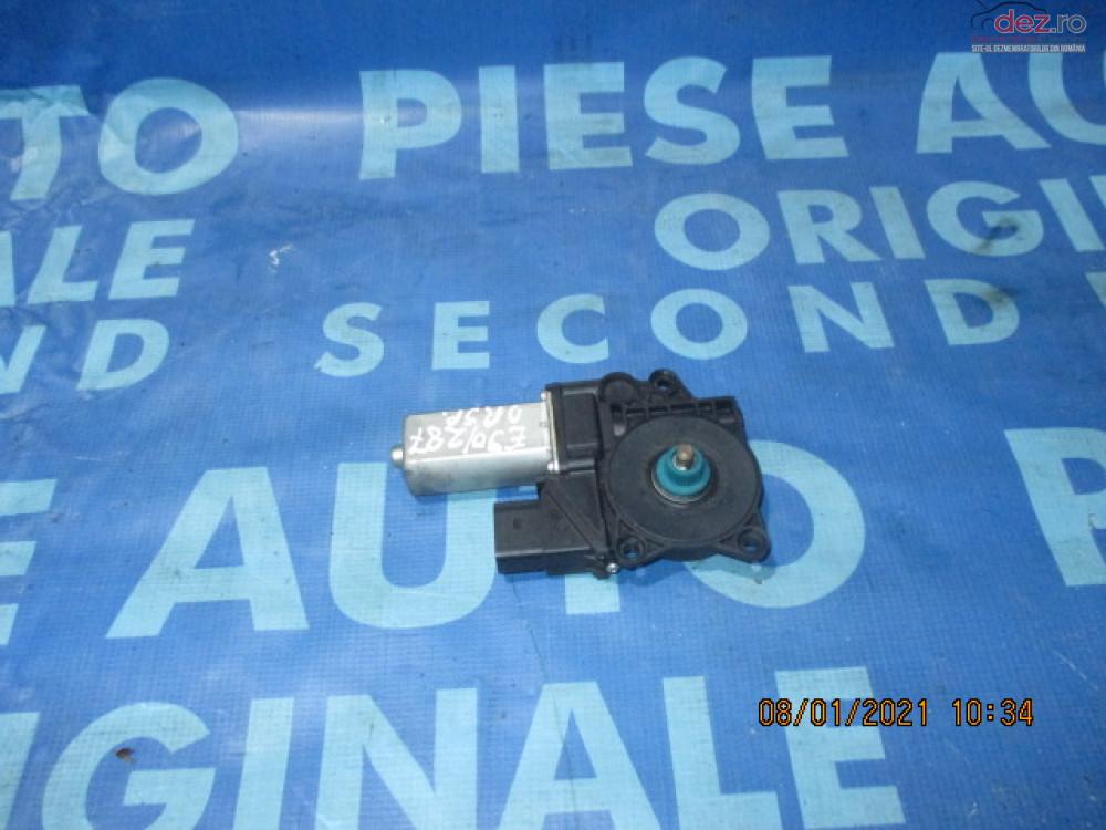 Motoras Macara Geam Bmw E90 1060079 Piese auto în Urziceni, Ialomita Dezmembrari