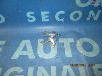 Emblema Peugeot 206cc 9637180280 (spate) în Urziceni, Ialomita Dezmembrari