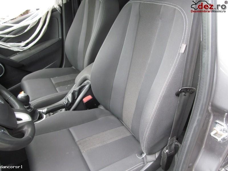 Canapele Renault Megane 2009