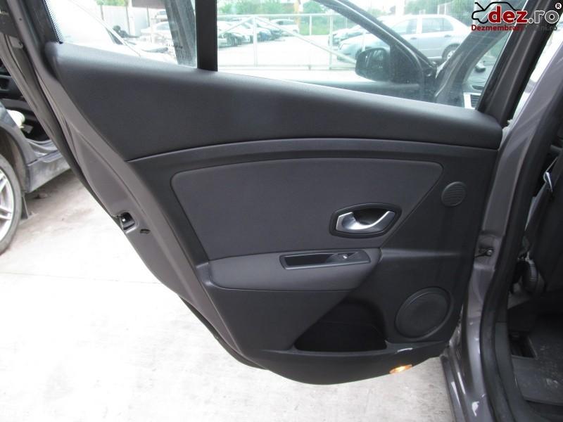 Tapiterie usa Renault Megane 2009