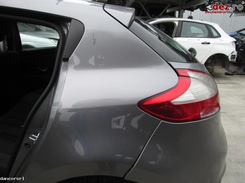 Aripa spate stanga Renault Megane 2009