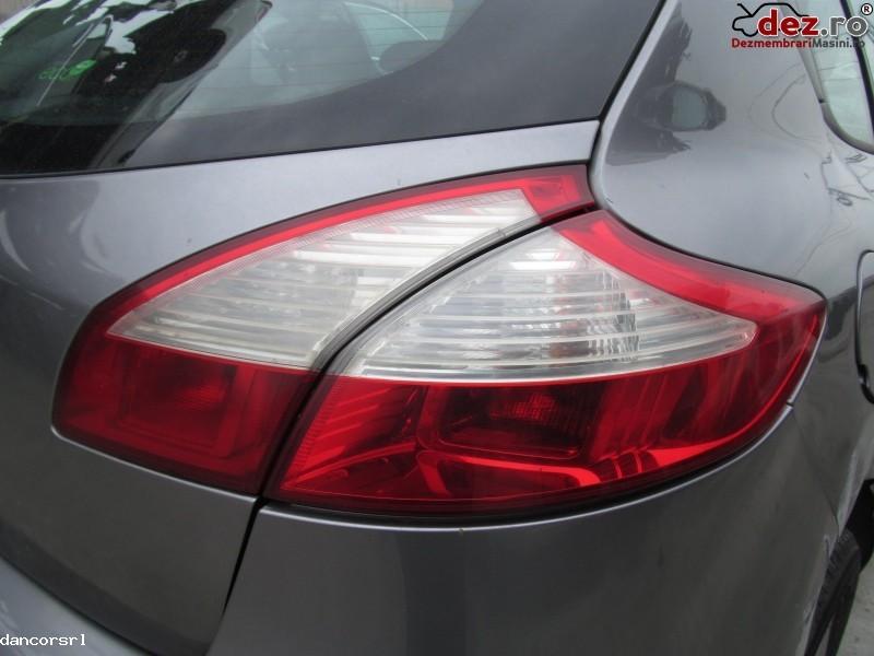 Lampa spate dreapta Renault Megane 2009
