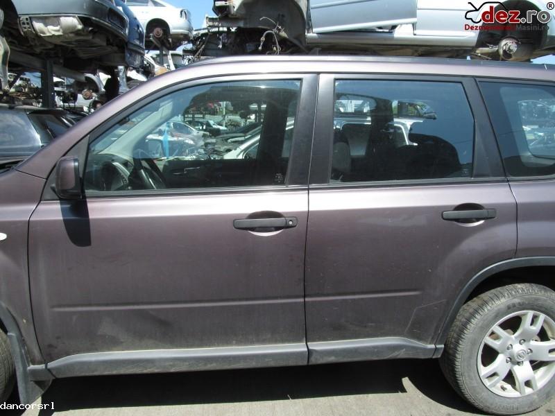 Usa stanga, dreapta Nissan X-Trail 2007