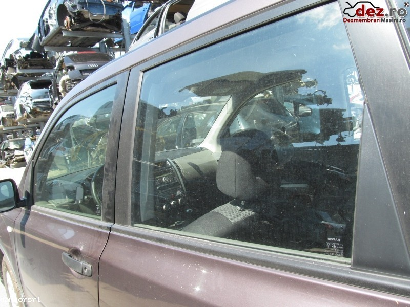 Geam usa stanga, dreapta Nissan X-Trail 2007