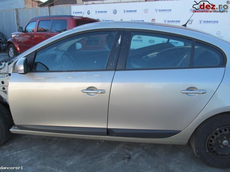 Usa stanga, dreapta Renault Fluence 2010 Piese auto în Ploiesti, Prahova Dezmembrari