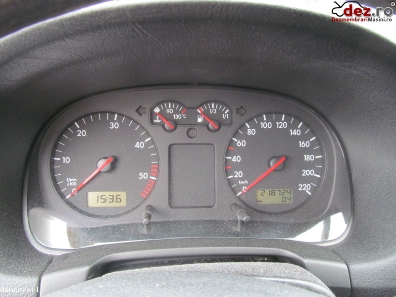 Ceasuri bord Volkswagen Golf 2001