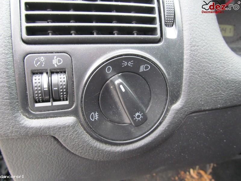 Bloc lumini Volkswagen Golf 2001