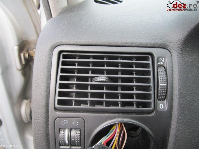 Grile aerisire bord Volkswagen Golf 2003