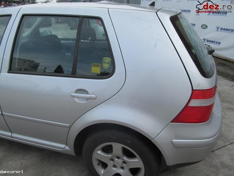 Aripa spate dreapta, stanga Volkswagen Golf 2003