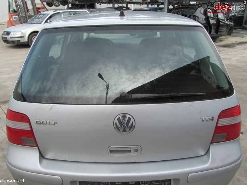 Hayon Volkswagen Golf 2003