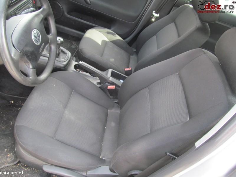 Canapele Volkswagen Passat 2004