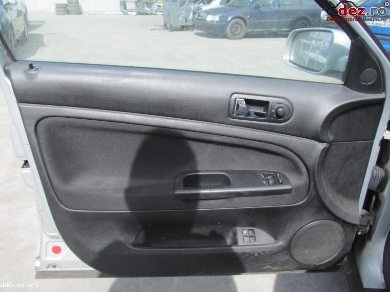Tapiterie usa Volkswagen Passat 2004