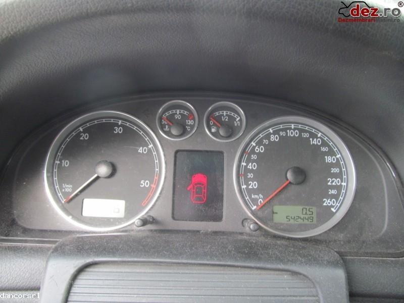 Ceasuri bord Volkswagen Passat 2004