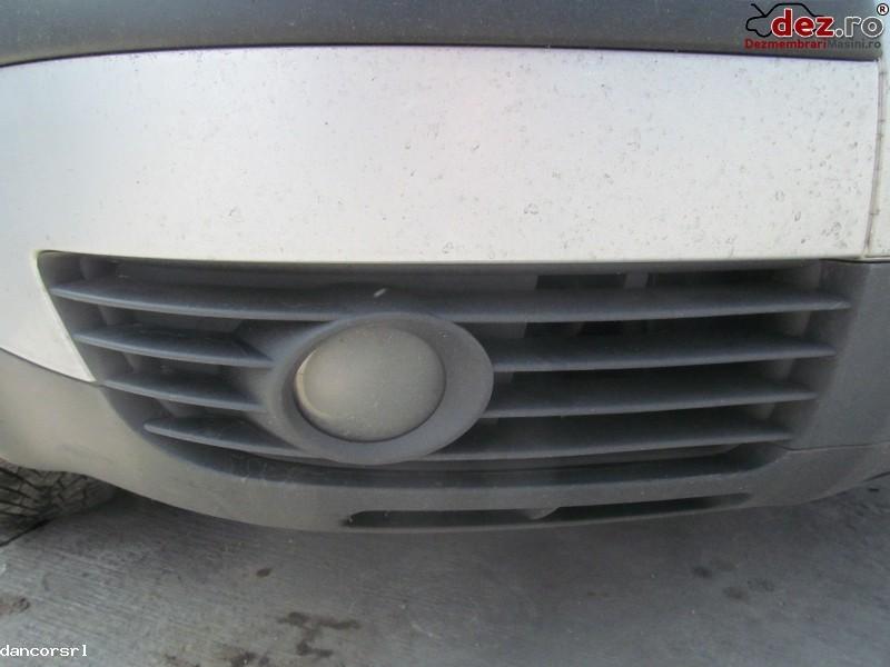 Proiector ceata stanga, dreapta Volkswagen Passat 2004