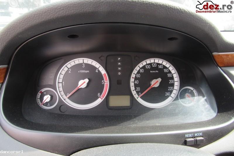 Ceasuri bord Hyundai Grandeur 2008 Piese auto în Ploiesti, Prahova Dezmembrari