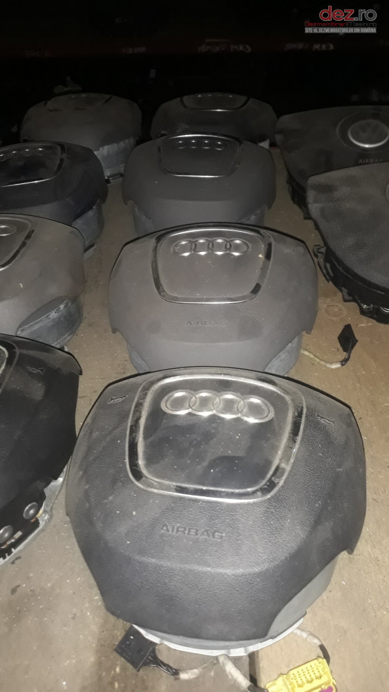 Airbag Volan Sofer Audi A4 B7 B8 Model 4 Spite Piese auto în Craiova, Dolj Dezmembrari