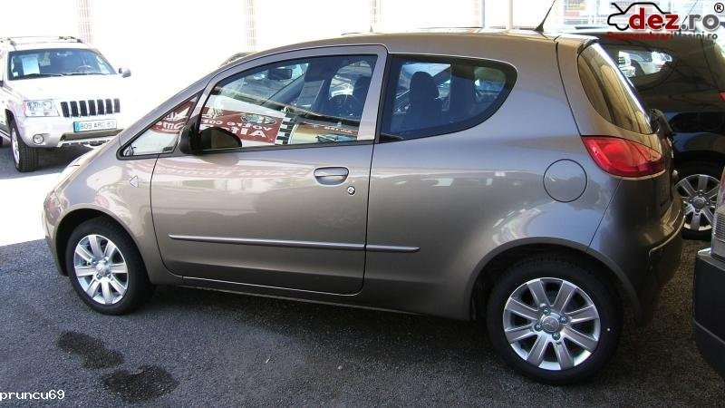 Dezmembrez Mitsubishi Colt Din Anul 2006  Benzina  Dezmembrări auto în Agigea, Constanta Dezmembrari