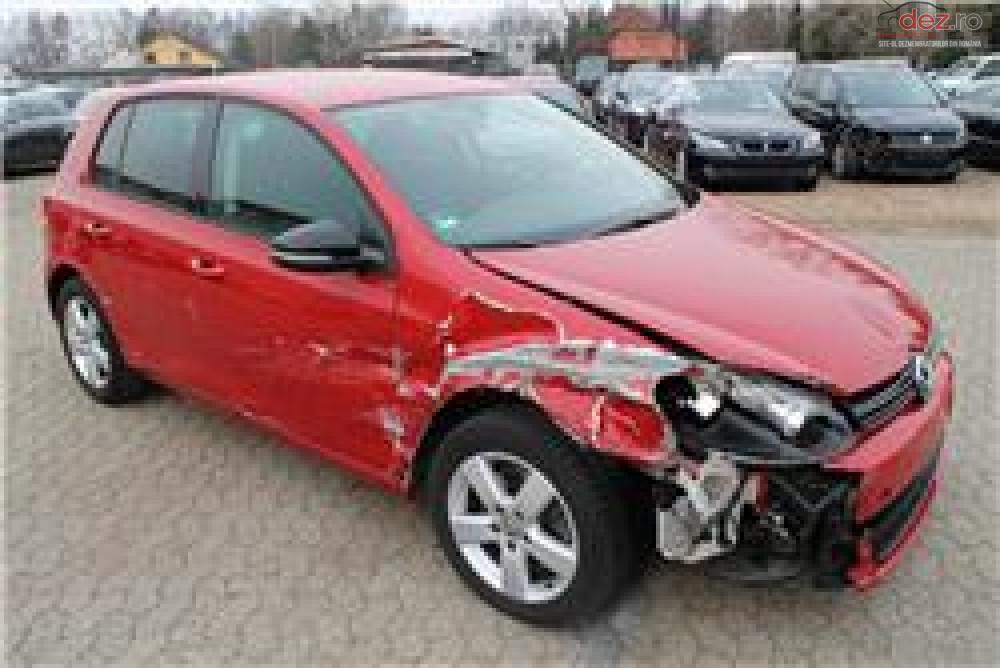 Cumpar Volkswagen Golf 7 din 2013, avariat in fata, spate, lateral(e) Mașini avariate în Bucuresti, Bucuresti Dezmembrari